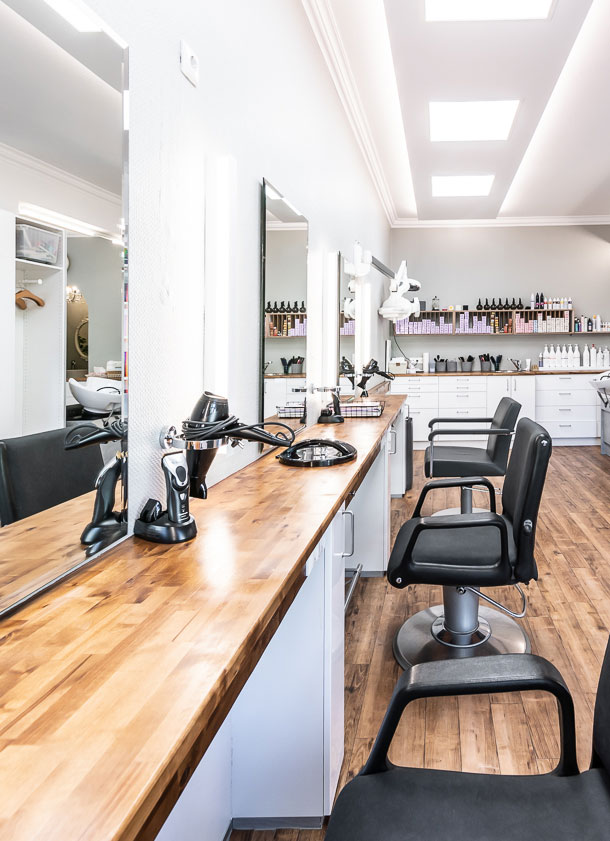 Schneidplätze - Friseur Laim